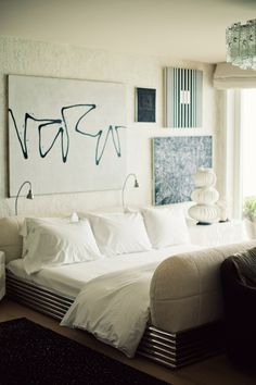 Bedroom eyes on pinterest elle decor canopy beds and for R kelly bedroom boom