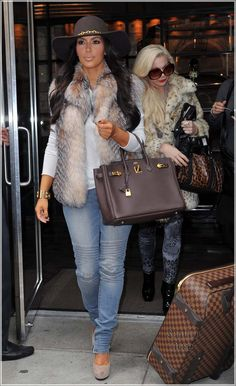 Luvin Kimmie K's entire look!