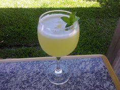 Receita de Suco de abacaxi com hortelã.