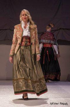 7075FBAB-5C5E-4392-9F8F-AEBA0C332947 | Lise Skjåk Bræk | Flickr Norwegian Style, Norwegian Fashion, Norwegian Clothing, Culture Clothing, Frozen Costume, Scandinavian Fashion, Folk Fashion, Folk Costume, Traditional Dresses