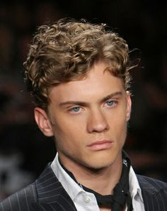 Men's Curly Hairstyles - Having Trouble With Your Curly Hair?