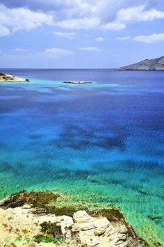 At midday's sun Beautiful Places In The World, Most Beautiful, Relaxing Places, Greek Islands, Amazing Destinations, Nature Photos, More Photos, Greece, Tourism