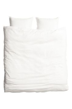 Double duvet cover set in a washed linen weave with double-stitched edges. The duvet cover fastens at the bottom with concealed metal press-studs. Washed Linen Duvet Cover, Black Duvet Cover, Double Duvet Covers, White Duvet Covers, Duvet Bedding, Linen Bedding, Bed Linens, Duvet Sets, Duvet Cover Sets