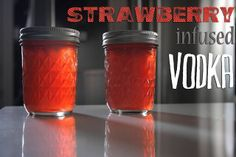 strawberry infused vodka by shutterbean. Mixed with Lemonade perhaps? Party Drinks, Fun Drinks, Yummy Drinks, Alcoholic Drinks, Beverages, Strawberry Vodka, Strawberry Recipes, Vodka Strawberries, Strawberry Perfume