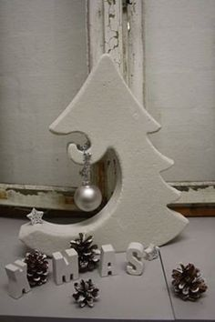 Styrodur - Concrete - Casting mould - Fir tree for decoration Concrete Casting, Concrete Forms, Concrete Art, Concrete Design, Cement Art, Concrete Crafts, Concrete Projects, Christmas Projects, Holiday Crafts