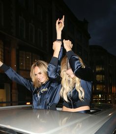 Cara & Margot!! <3
