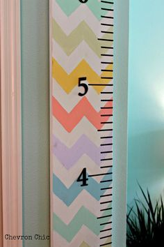 Over sized Growth Ruler Chevron Chic multicolor Growth Chart Ruler, Growth Charts, Licht Box, Kids Wood, Artisanal, Kids Furniture, Painting On Wood, Wood Crafts, Wood Signs