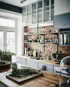 Red brick kitchen backsplash ideas / scandinavian kitchen design and butcher block Kitchen Ikea, New Kitchen, Kitchen Decor, Rustic Kitchen, Kitchen Modern, Functional Kitchen, Awesome Kitchen, Country Kitchen, Kitchen Industrial