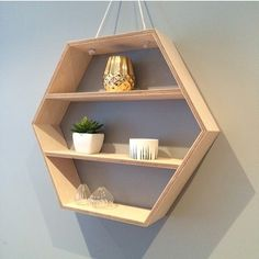 Simple styled hexe-shelf