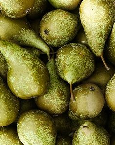 I love the sweet fragrance of Green pears.  #springforpears #usapears