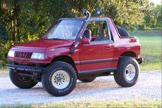 zukerjosh 1990 Geo Tracker Specs, Photos, Modification Info at CarDomain Suzuki Vitara Cabrio, Suzuki Jlx, Chevy, Chevrolet, Grand Vitara, 4x4 Off Road, Lift Kits, Cute Cars, Small Cars