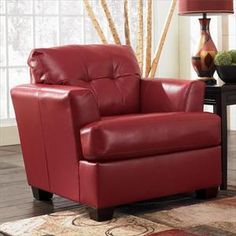 Livingroom Chair includes matching ottoman