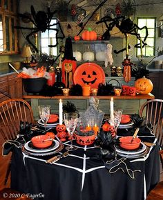 Halloween Tablescape .. The Little Round Table