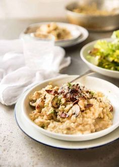 Chicken and Mushroom Risotto - Creamy risotto with golden brown sautéed mushrooms and chicken. Easy, perfectly seasoned and beautifully… Risotto Recipes, Rice Recipes, Lunch Recipes, Pasta Recipes, Chicken Recipes, Dinner Recipes, Risotto Dishes, Turkey Recipes, Rice