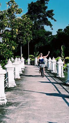 Riding through the green scenery on Ko Kret Island in Bangkok Green Scenery, Kos, Dolores Park, Sidewalk, Island, Photo And Video, City, Travel, Viajes