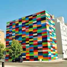 hausfassaden farben moderne hausfassade streichen kunterbunt madrid spanien
