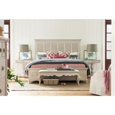 bungalow queen cottage bed by paula deen by universal
