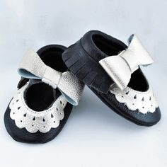 Genuine Mary Jane Baby/ Toddler Moccasin 6-12 Month Shoes