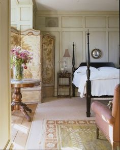 Amelia Handegan - classic old fashioned decor with dressing partition