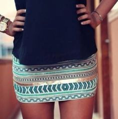 tribal print skirt - I love it! - A great date night outfit! Fashion Mode, Look Fashion, Womens Fashion, Blue Fashion, Cheap Fashion, Mode Outfits, Fashion Outfits, Skirt Fashion, Tribal Print Skirt