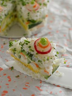 Sushi-Torte à la California Roll - Stilettos & Sprouts