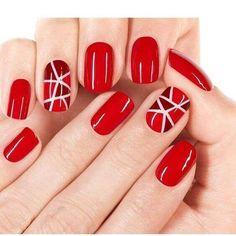 uñas cortas rojas simples