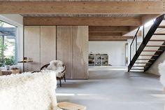 Scott & Scott Architects refrescan una casa de mediados de siglo en #Vancouver. Dis. de interiores