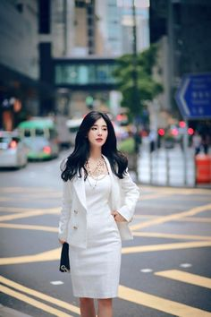daily 2018 feminine & classy look Korean Fashion Trends, Fashion Tips For Women, Asian Fashion, Boho Fashion, Winter Fashion, Fashion Outfits, Womens Fashion, Fashion Quiz, Fashion Hacks