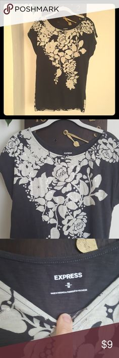EXPRESS Floral Sequin T-shirt Size Medium Excellent condition. No stains or holes. Loose fit. Front has clear sequins sewed into floral design. Express Tops Tees - Short Sleeve