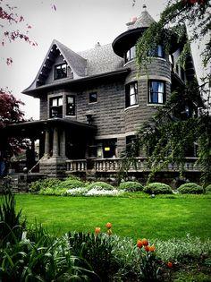 Jennie Bramhall House - Portland, OR  (captured with iPhone)