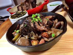 Dinner is served! The Ultimate Pot Roast served in a vintage Birmingham Stove & Range Red Mountain Series #5 skillet. #foodstagram #potroast #castiron #chef #kitchen #cooking #culinary #food #beef #lecreuset #dining #vintage #bsr