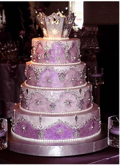 princess cakes...Whitney would love this cake....she keeps asking for a purple princess cake