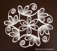 Rangoli Designs Images, Rangoli Designs With Dots, Rangoli With Dots, Beautiful Rangoli Designs, Simple Rangoli, Free Hand Rangoli Design, Padi Kolam, Rangoli Ideas, Diwali Rangoli