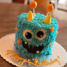 Ideas Birthday Cake Boys Monster For 2019 Halloween Party Kuchen, Halloween Smash Cake, Halloween First Birthday, Boys First Birthday Cake, Boys 1st Birthday Party Ideas, Birthday Cake Smash, Baby Boy Birthday, Monster Smash Cakes, Monster Birthday Cakes