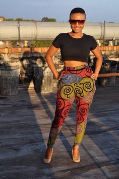 Love her style! South African Fashion, African Fashion Ankara, African Print Dresses, African Dress, African Prints, African Attire, African Wear, Trendy Fashion, Fashion Outfits