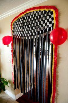 Cars Party - pinata entryway