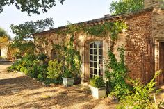 Haven in Paris : Provence Luxury Vacation Villa & Holiday Rental: Bonnieux Countryside Villa, Bonnieux Apartment Rental