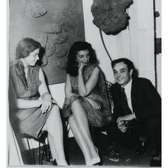 x, Iris Clert et Yves Klein
