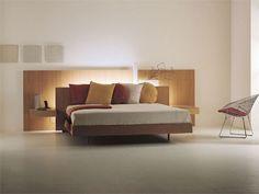 Cama doble LYS 116 Colección Night Concepts by Acerbis International | diseño Marco Acerbis