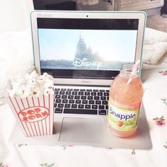 ☼ ʟᴇᴛs sᴇᴛ ᴛʜɪs ᴡᴏʀʟᴅ ᴀʙʟᴀᴢᴇ ᴏɴᴇ ᴘᴀᴘᴇʀ ᴛᴏᴡɴ ᴀᴛ ᴀ ᴛɪᴍᴇ ☼ Stay In Bed, Netflix And Chill, Just Girly Things, About Time Movie, Photo Instagram, My Happy Place, Belle Photo, Foto E Video, No Time For Me