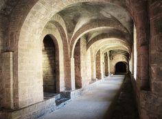 Abbaye de Gellonne Photographe : Sadana Silhol Photography