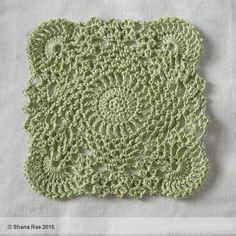 """PATTERN EDITED MAY 2017 American Crochet Terms used throughout. Materials: 4-ply cotton yarn 3.50mm hook Finished Size: Approximately 6""""/15cm square Abbreviations: ch – chain sc – single crochet hd…"""