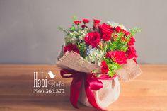 Habi flower, Habi studio, flower arrangement, birthday flower, Habi design, flower basket.
