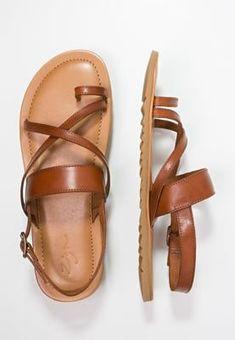 cae9e0ba457 16 Best Men sandals images in 2019