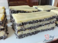 All Time Easy Cake : Delicious poppy seeds, Vegetarian Sweets, Vegetarian Recipes Easy, Cooking Recipes, Sweet Desserts, Sweet Recipes, Cake Recipes, Dessert Recipes, Czech Recipes, Oreo Dessert