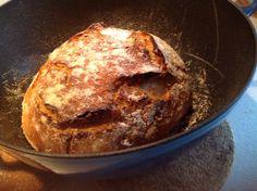 Lige taget ud af ovnen, bagt 25 min med låg og 25 uden ved 225 grader