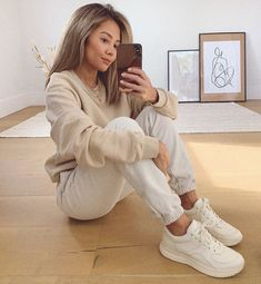 Basic Outfits, Loungewear, Daily Fashion, New Look, Nude, Fashion Outfits, Chic, How To Wear, Beautiful