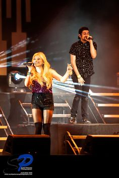 Kirstie and Mitch <3 luv this pic!!