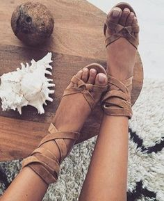 Tendance Chaussures 60 Trending And Lovely Women Shoes For This Summer Tendance & idée Chaussures Femme 2016/2017 Description Camel Suede Lace Up Sandals