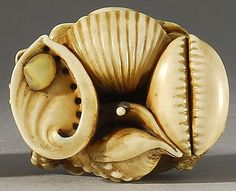 Ivory and mother of pearl inlay netsuke pile of shells 19th century